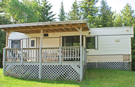 Drummond Island Lodging - Papin's Resort Camper Rentals, Lakeside Rentals, Rental Campers