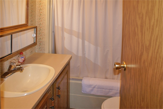 Clean and comfortable lodging in Michigan's Upper Peninsula